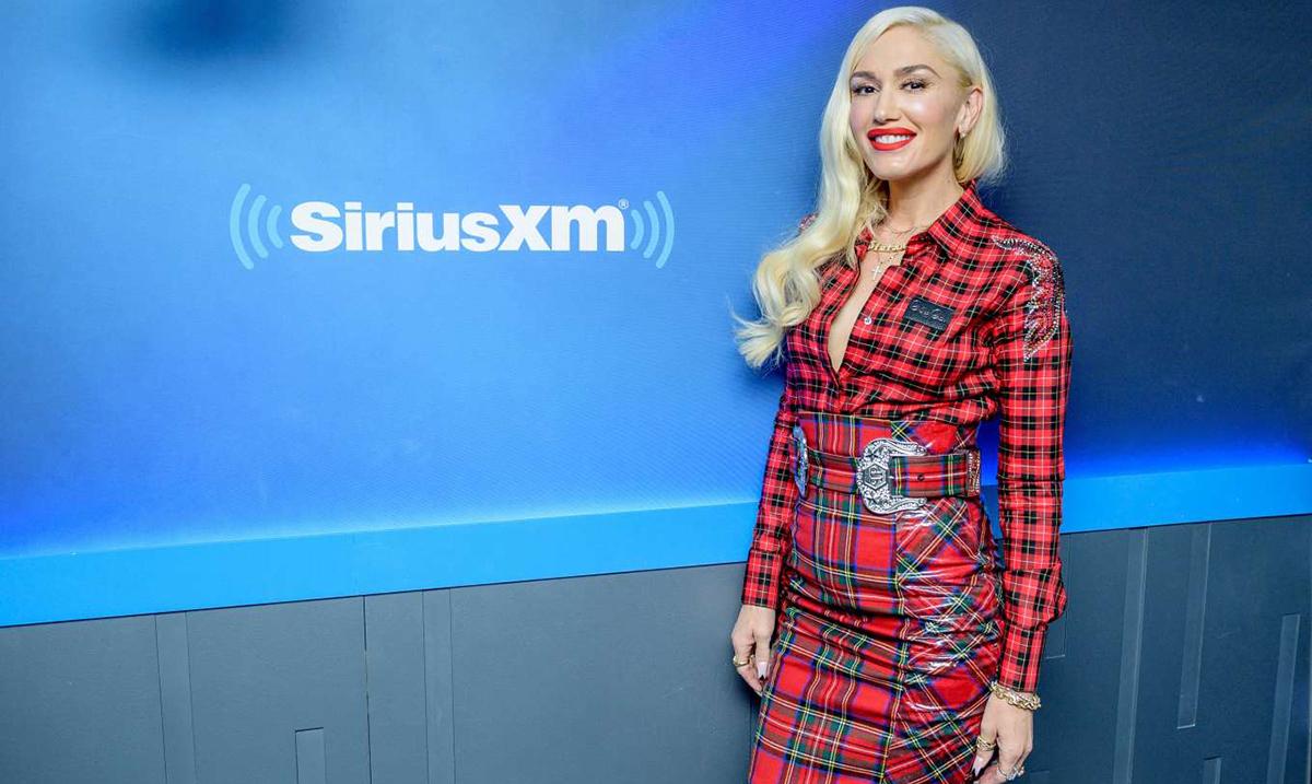 Gwen Stefani dobija nagradu za modnu ikonu na E! PEOPLE'S CHOICE AWARDS