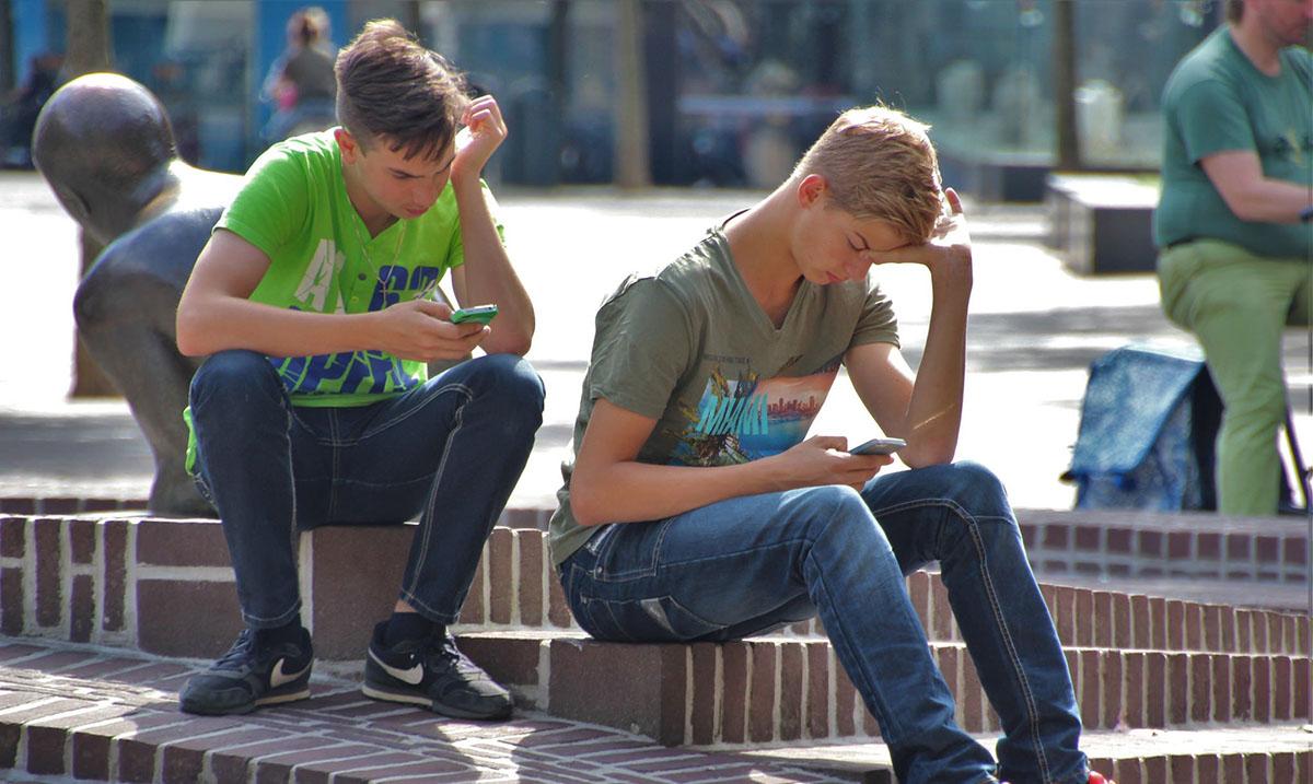 Zavisnost od pametnih telefona je opasan poremećaj