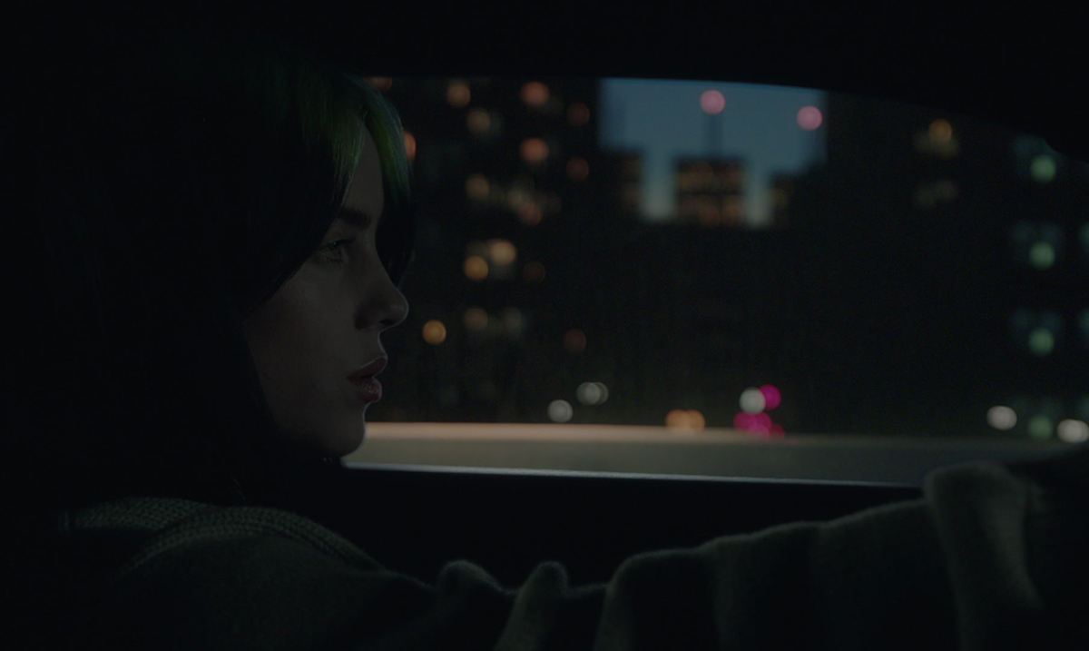 "Billie Eilish režirala spot za emotivnu baladu ""everything i wanted"""