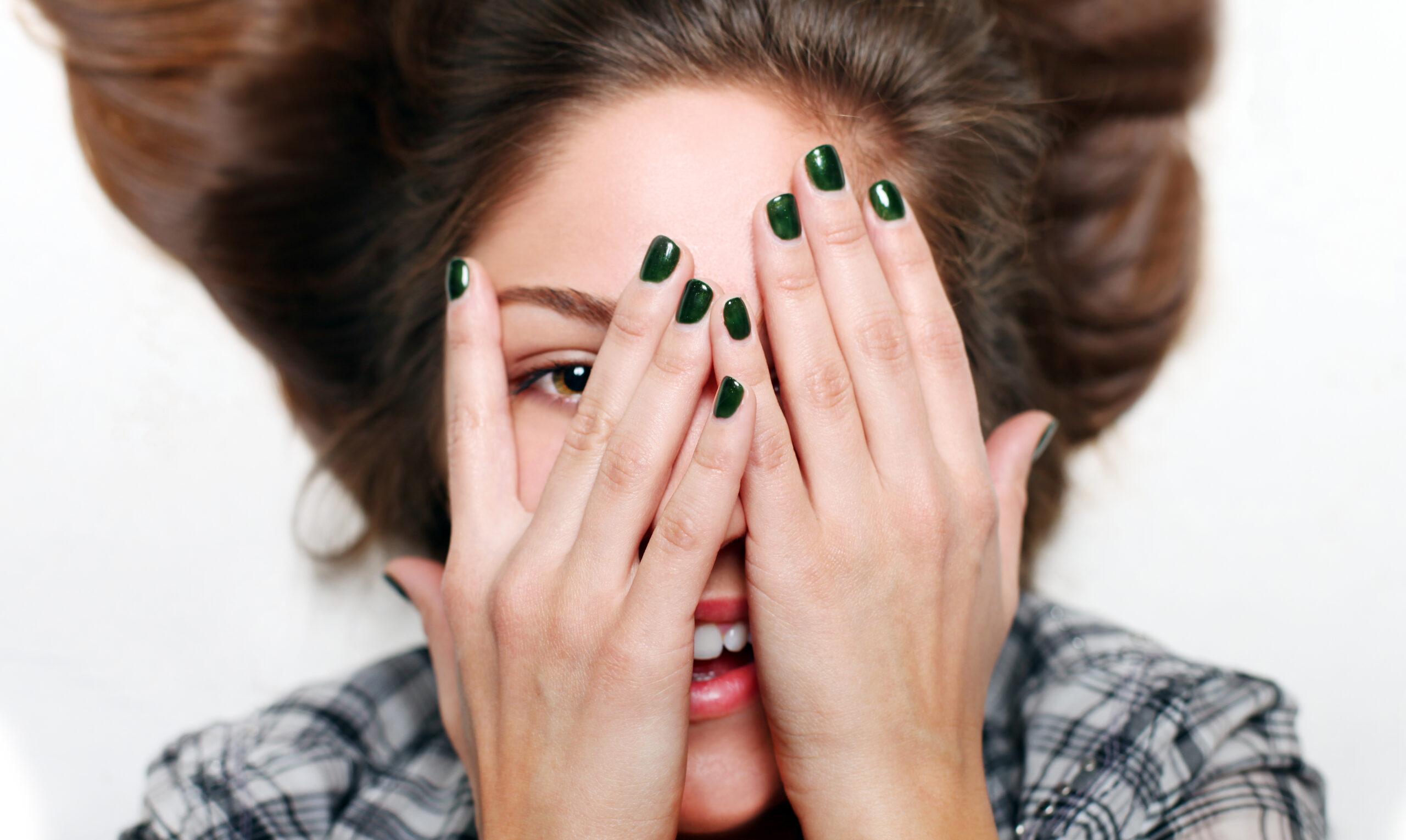 Da li znaš šta tvojim noktima ne prija?