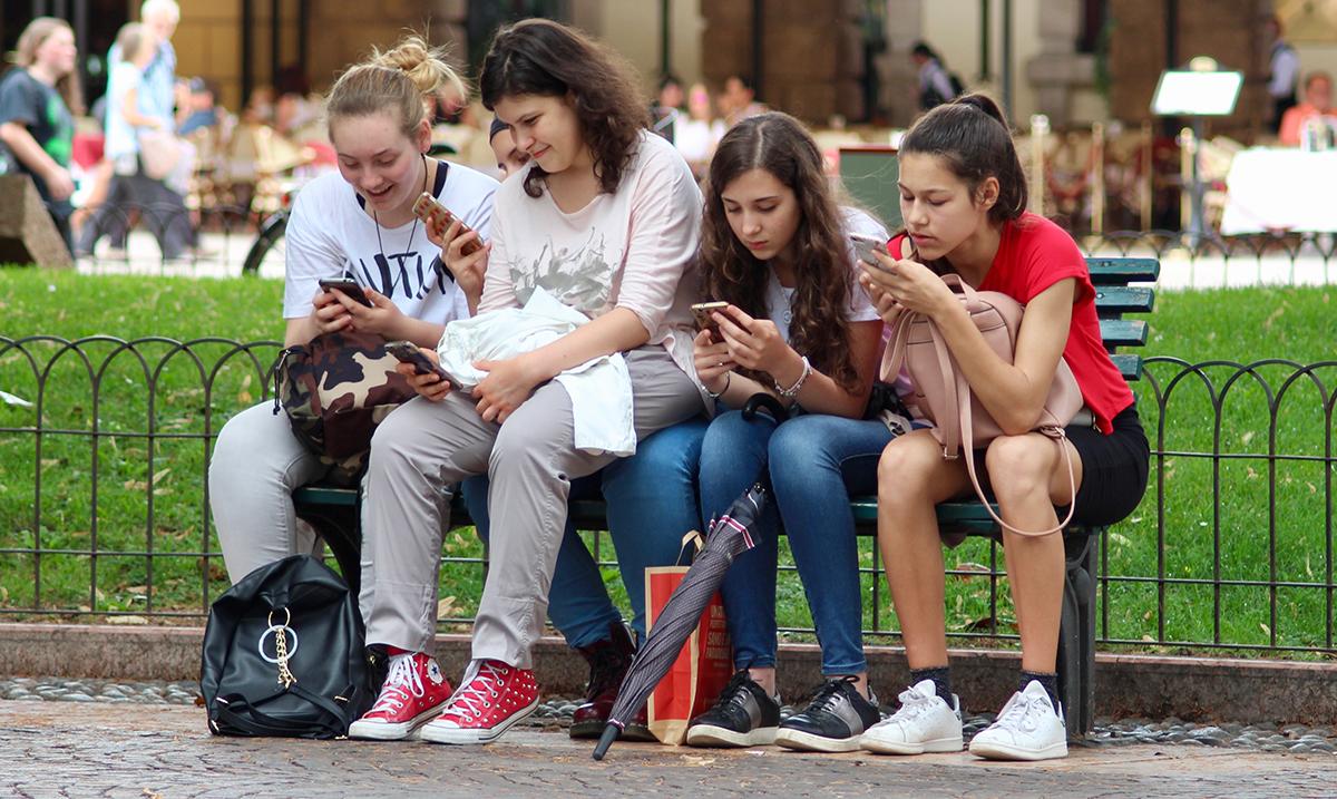 Adolescenti u Evropi suočeni sa sve više novih izazova i problema