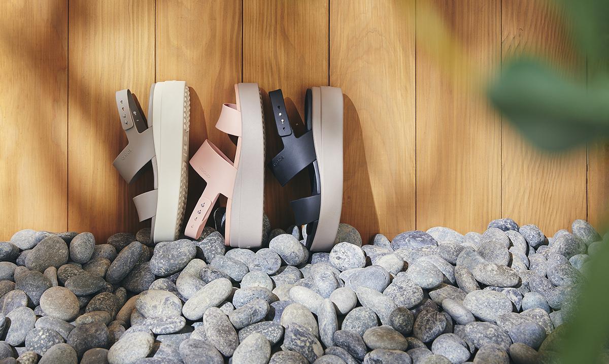 Podignite svoj stil na viši nivo sa Crocs Brooklyn kolekcijom sandala