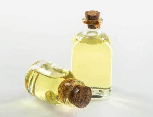 Da li ricinusovo ulje zaista pospešuje rast kose?