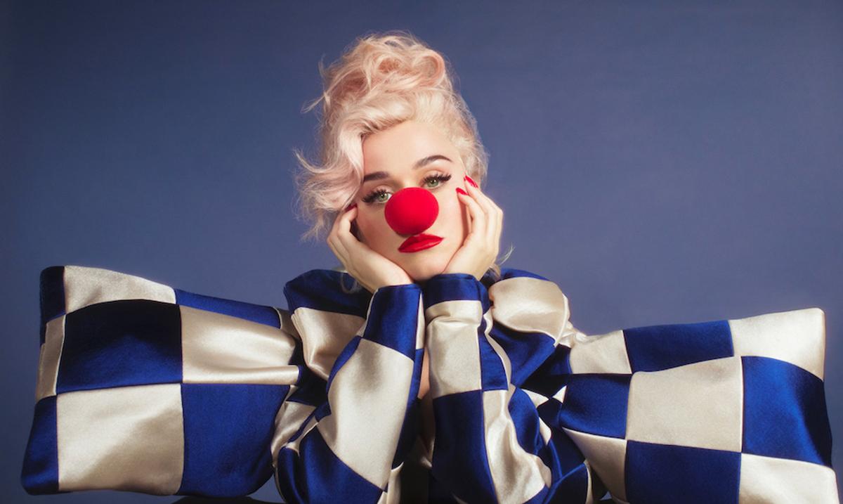 Novi studijski album Katy Perry Smile je konačno tu!