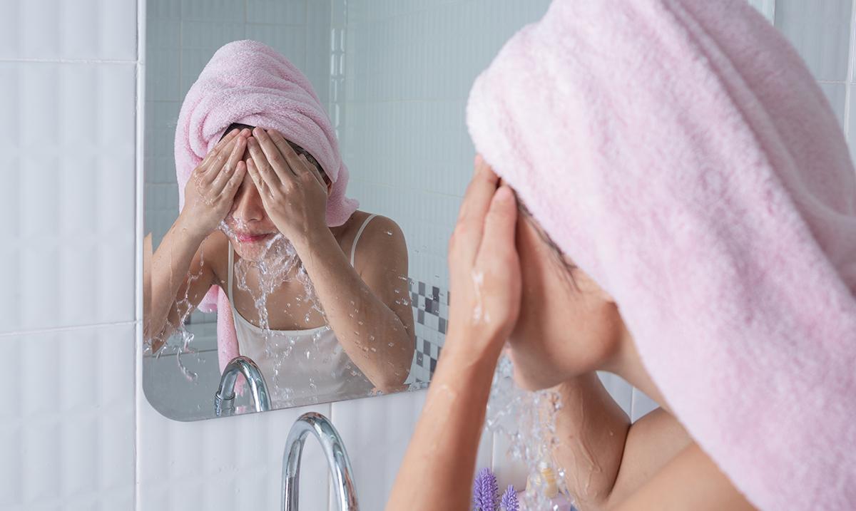 Izbegavaj navike koje mogu da zapuše tvoje pore